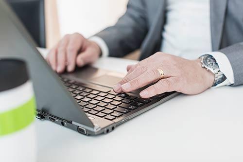 Att genomföra tester ingår i Invicis rekryteringsprocess